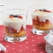 Falso tiramisú de fresas